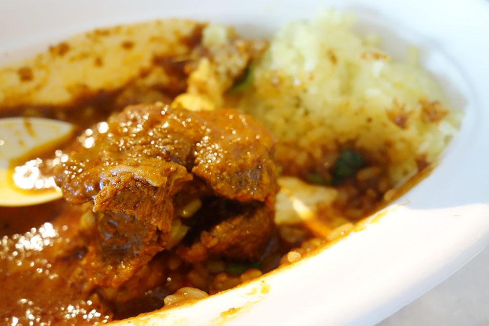 マトンのお肉が柔らかい、ガラムのマトンカレー