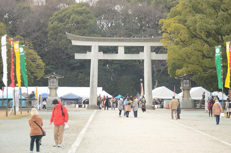 六本松・護国神社の鳥居
